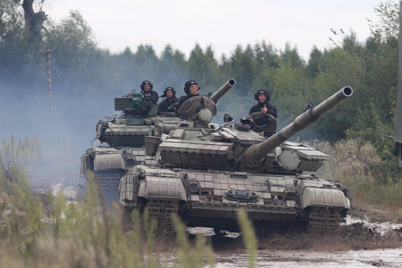 на Рівненському загальновійськовому полігоні проходить конкурс на кращий танковий взвод Сухопутних військ ЗСУ, Defense Express