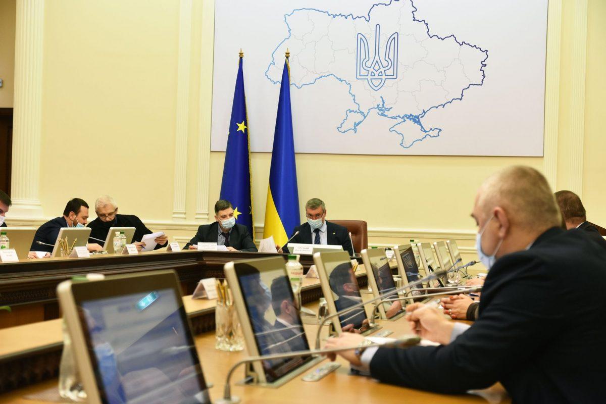 Закон України, Про оборонні закупівлі, Defense Express, Олег Уруський