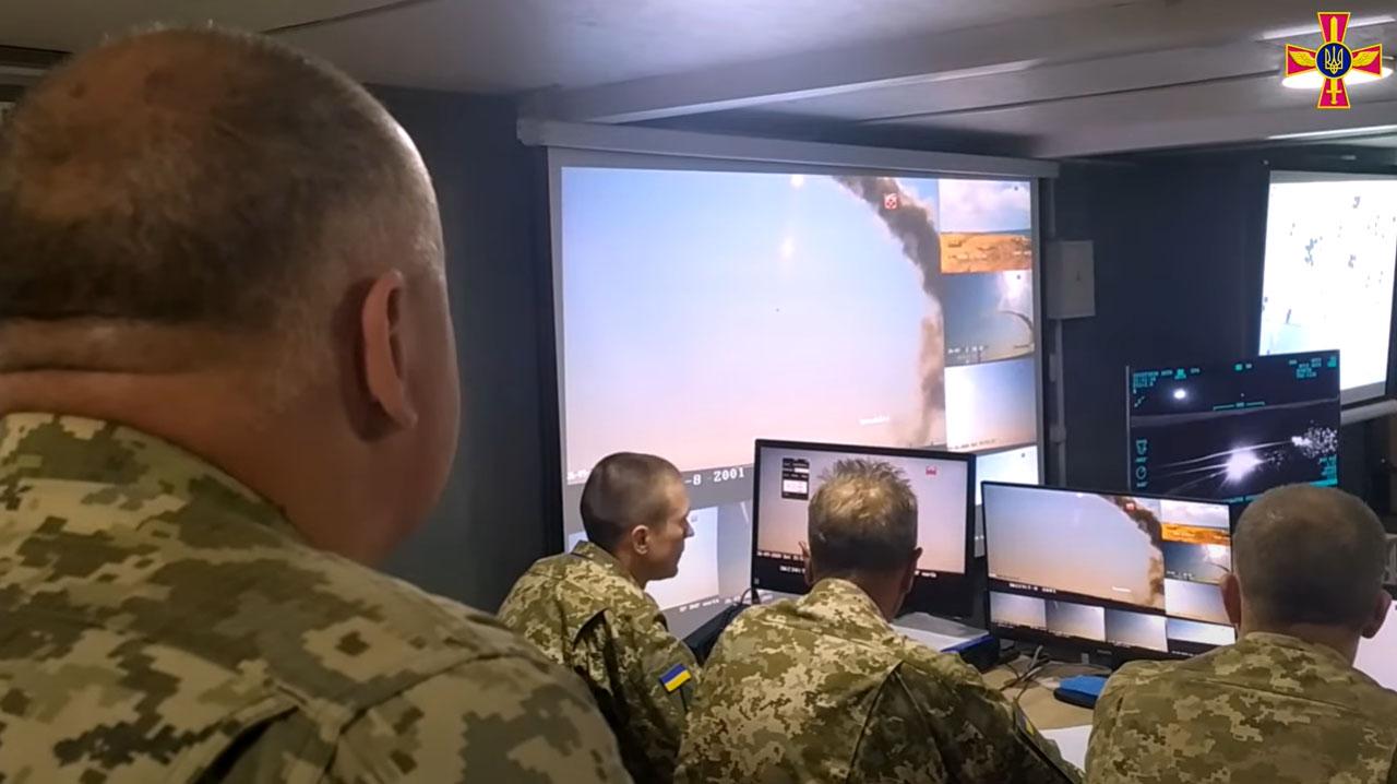 В командному центрі можна було спостерігати за будь-якими етапами пусків