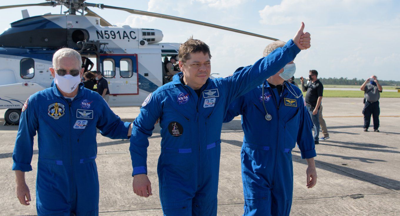 Crew Dragon, МКС, SpaceX, Defense Express