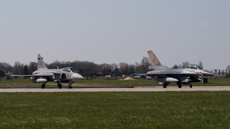 F-16 Gripen JAS-39