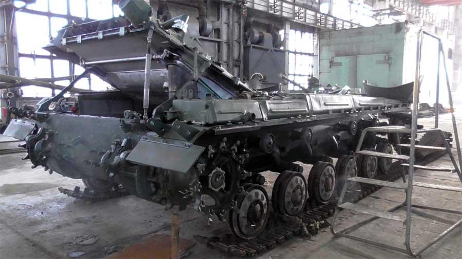 Модернізація танка Т-64 в цеху ДП