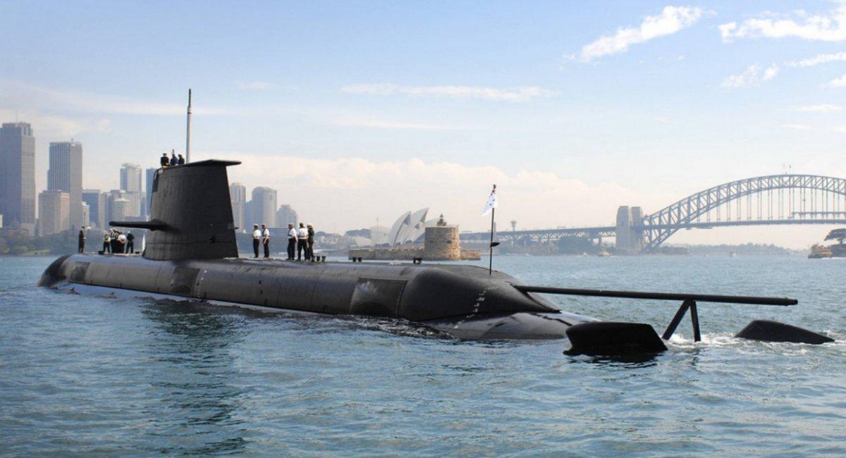 """Зараз флот Австралії має шість дизель-електричних човнів типу Collin, що мають статус """"найбільших у світі"""", та були збудовані у 1996-2003 роках в кооперації із шведською Saab"""