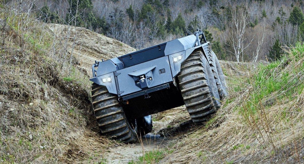 Автономний наземний дрон Mission Master XT від Rheinmetall